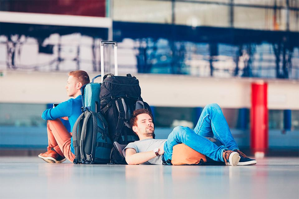 Quais são os direitos do consumidor em caso de atraso ou cancelamento de voo?