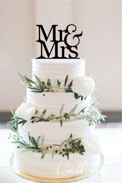 Quick Creations Cake Topper - Mr & Mrs