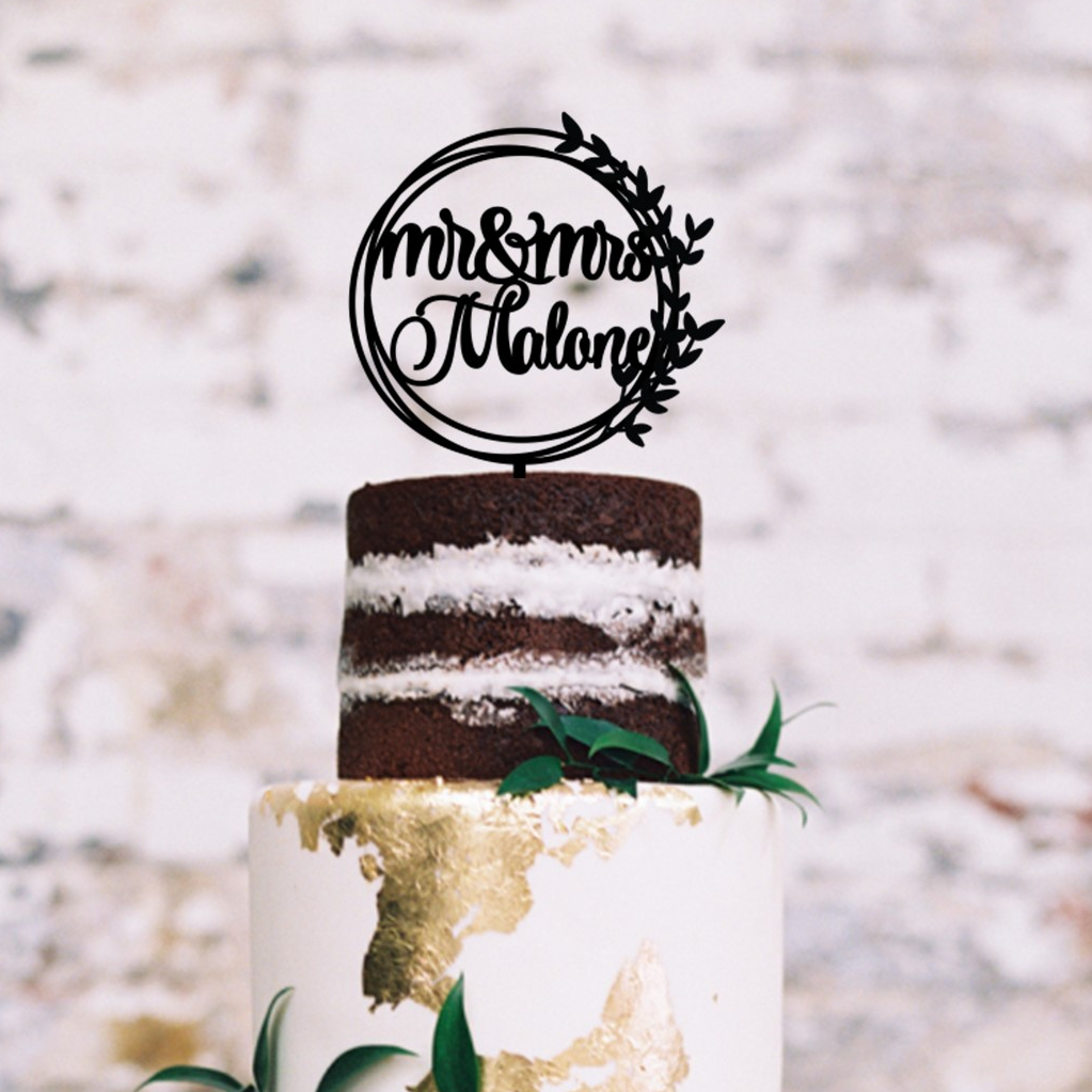 Personalised Mr & Mrs Circles Wreath Cake Topper