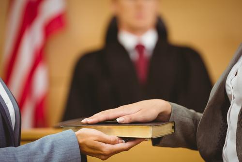 expert-witness-swearing-in