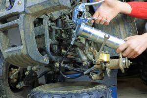 How To Clean a Grease Gun