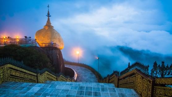myanmar-kyaikhto-golden-rock