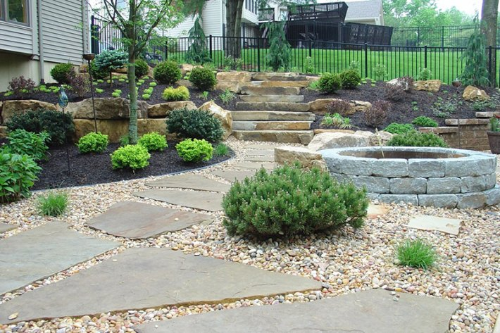 Stone-Landscaping-Ideas-10