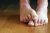 Stinky Feet? - Try These 5 Natural Remedies