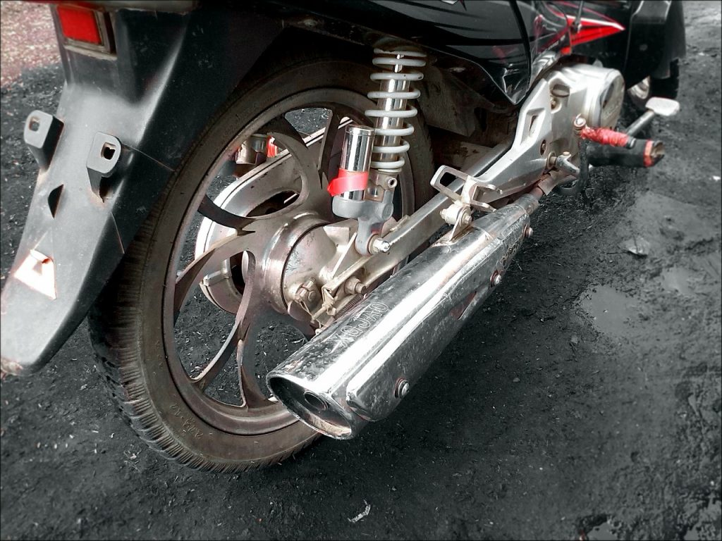 how to reduce motorcycle exhaust noise