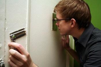 Inspect the Door noise