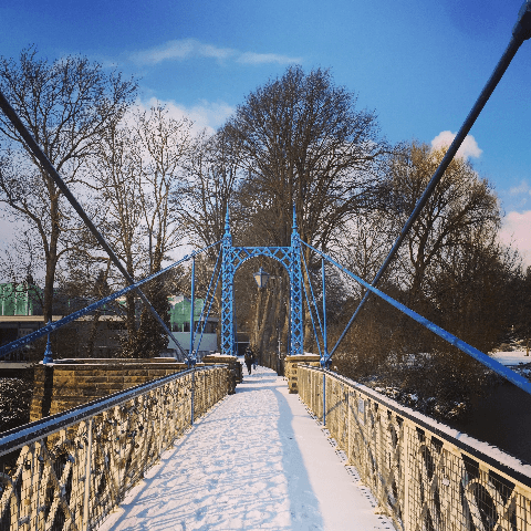 Jephson Gardens bridge