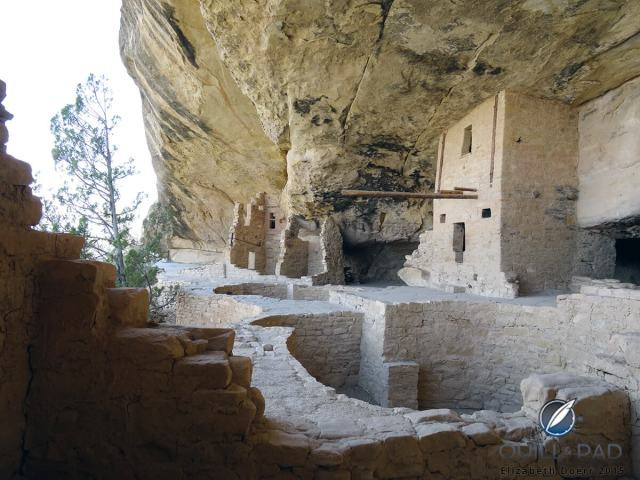 Room 21 of Balcony House in Mesa Verde National Park, Colorado: the long wooden beam was used as a sort of gnomon for astronomically ascertaining the solstice and equinox