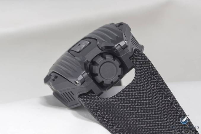 Impressive crown of the Urwerk UR-105 CT Black