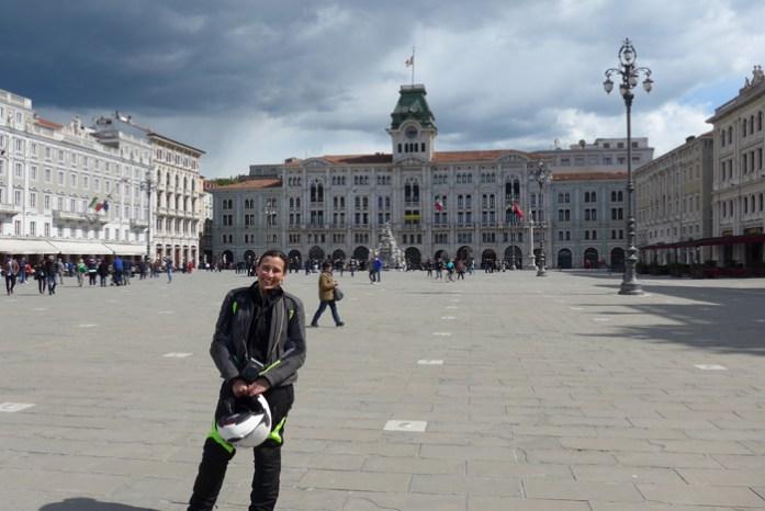 Em Trieste na Itália, fronteira com a Eslovénia