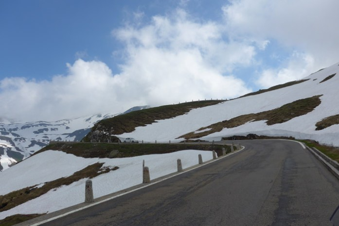 No topo do Furkapass (2436m altitude)