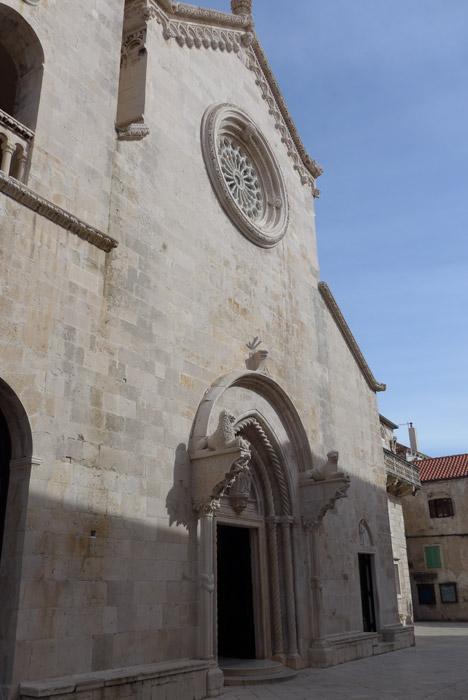 Catedral de San Marcos na cidade velha de Korcula