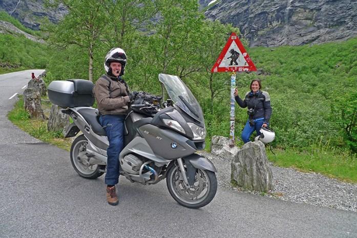 Em Trollstigen. Perigo Trolls