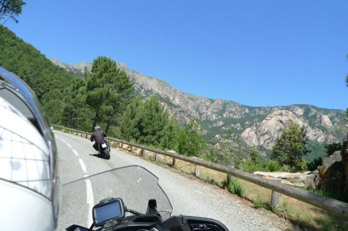 de mota pelas melhores estradas da colsega Estrada D268. Col de Bavella