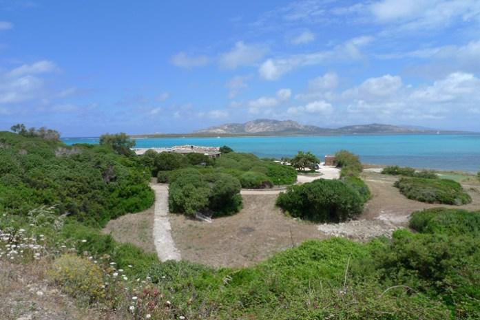 La Pelosa na Costa Esmeralda . Viagem de moto pela Sardenha