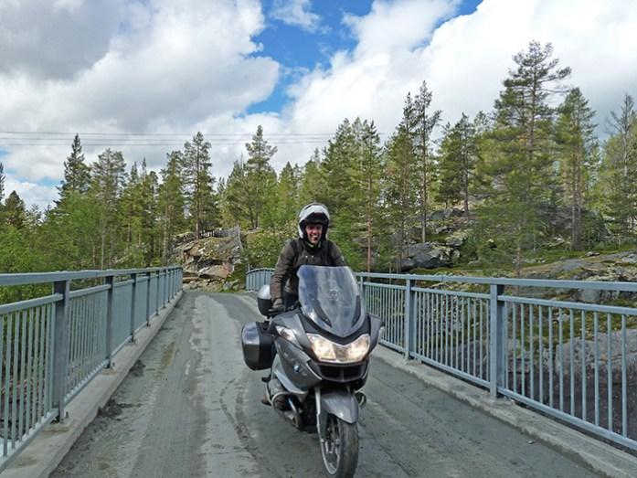 Aurlandsfjellet e Sognefjellet. Viagem de moto à Noruega
