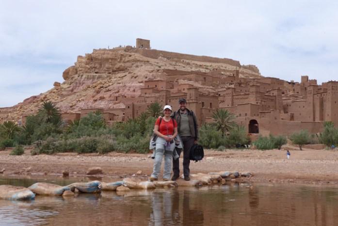 A estrada de Marrakech a Ouarzazate. Um desvio para conhecer Aït Ben Haddou, uma das cidades mais belas do Sul de Marrocos.