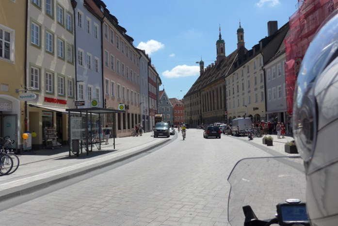 De mota pela Romantic Road na Alemanha