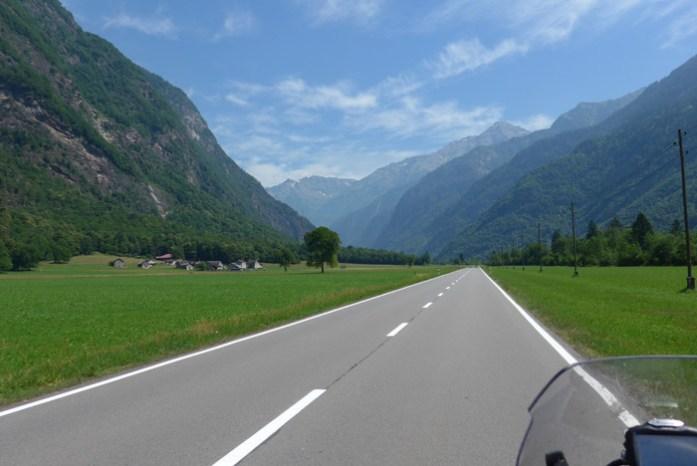 A caminho de San Bernardino. Alpes Suíços