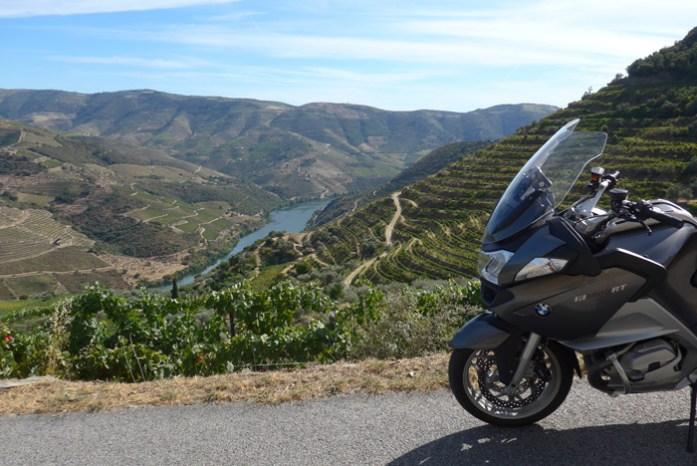O Douro Vinhateiro numa viagem de mota