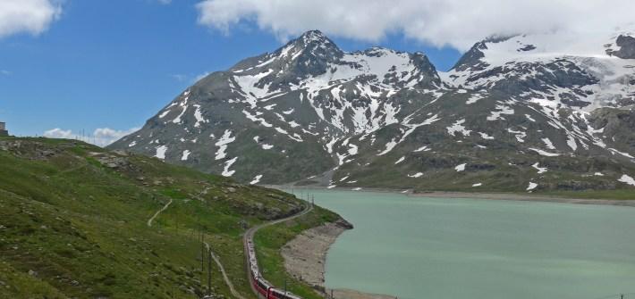Viagem de mota aos Alpes Suíços. Em St Moritz.