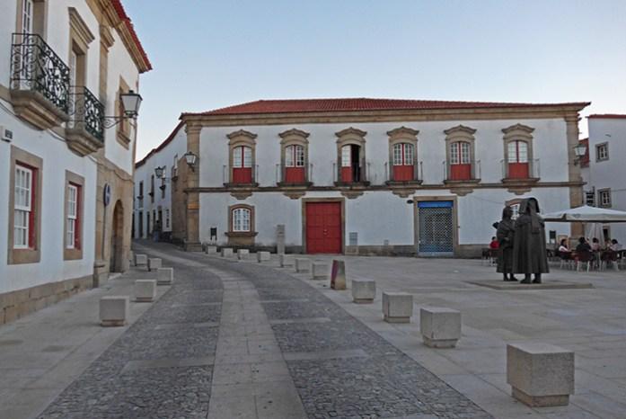 Pelas ruas de Miranda do Douro.