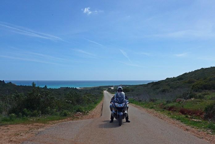 Estrada M1257, Praia da Ingrina