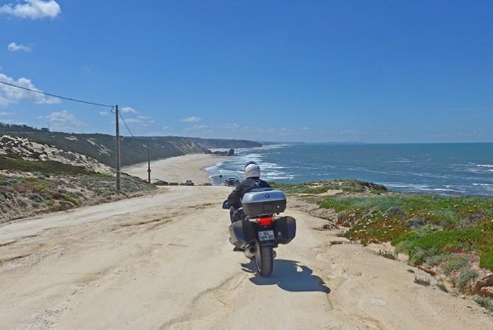 Praia da Polvoeira. Estrada Atlântica.