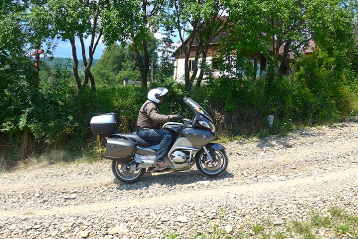 Estrada Nr 18 - Soloneţu Nou aPârteştii de Sus. Bucovina