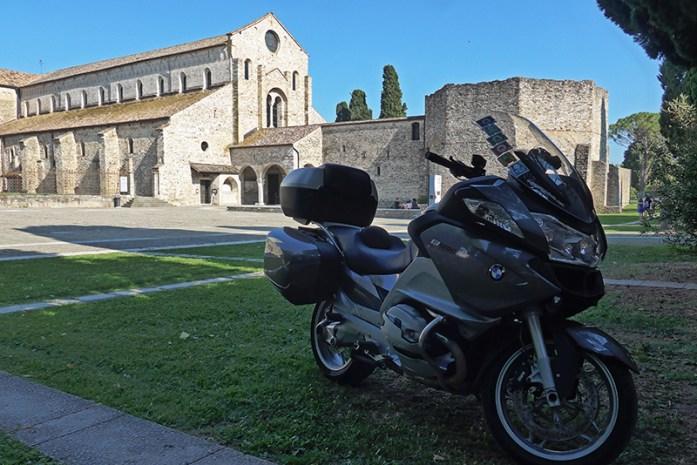 SR352 Chegada a Aquileia, Itália