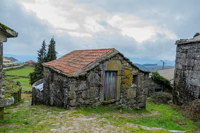 Casas de granito tradicionais. Parque Natural do Alvão