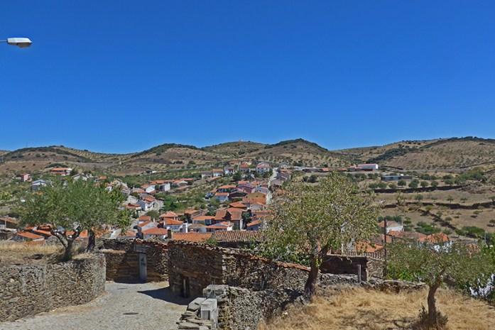 Castelo de Castelo Melhor, Estrada N222