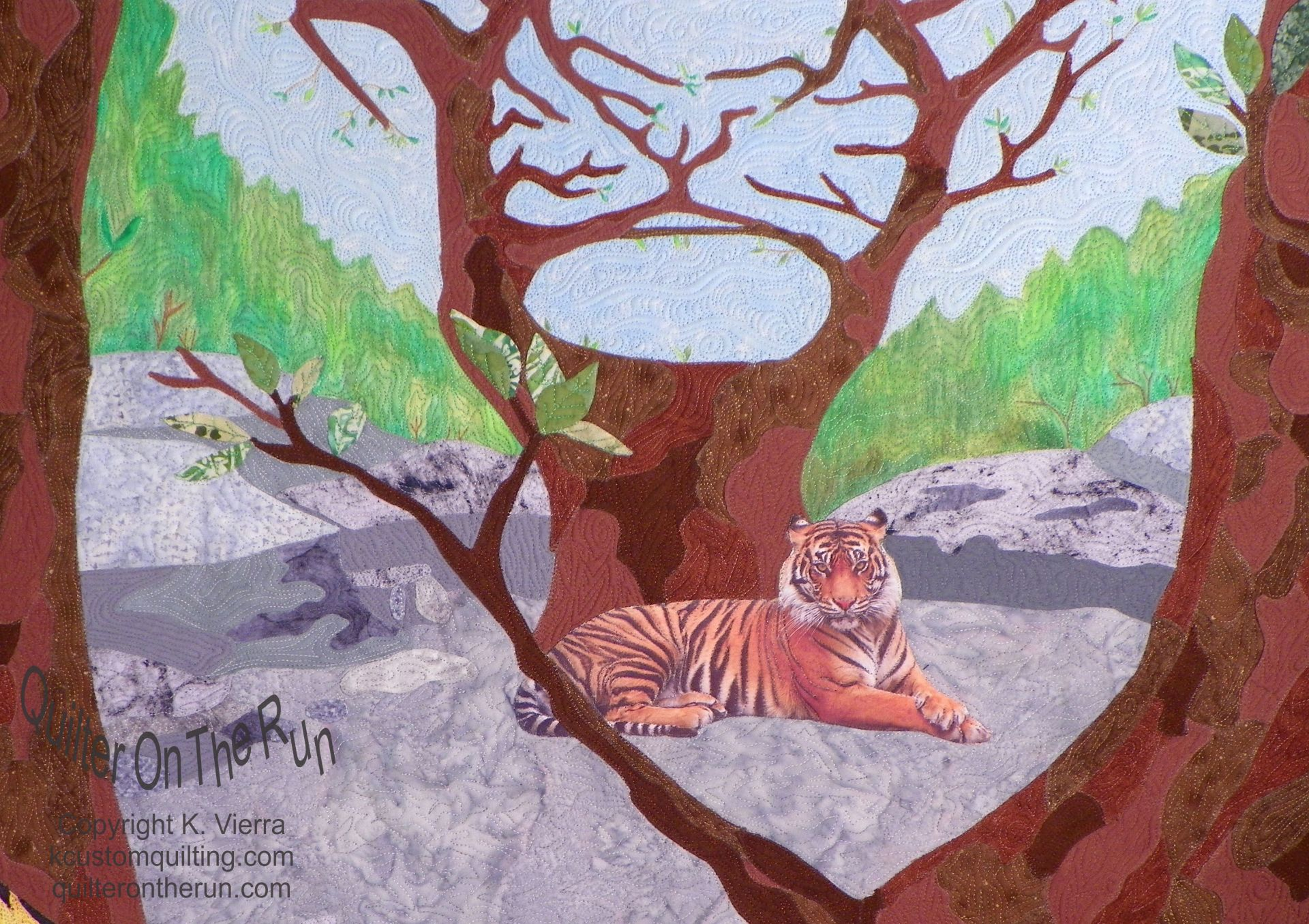 hidden tiger optical illusion printed fabric quilting