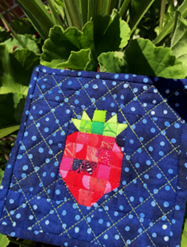 Strawberry Mini Quilt Pigeon Pungo