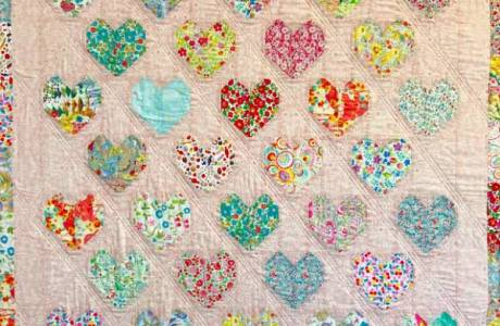 Tutorial: Strawberry Thief Hearts Quilt
