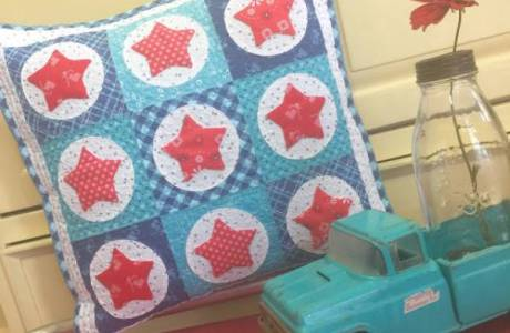 Quilted Patriotic Star Cushion