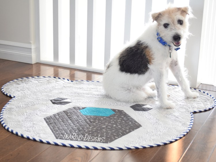 Cuddles The Hexi Bear Rug Quilting Pattern by IraRott
