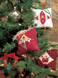 6 Quilt Ornaments Make Your Christmas Extra Special This ...