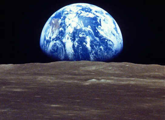 Apollo 8 Earth Rise {Around the World Blog Hop}