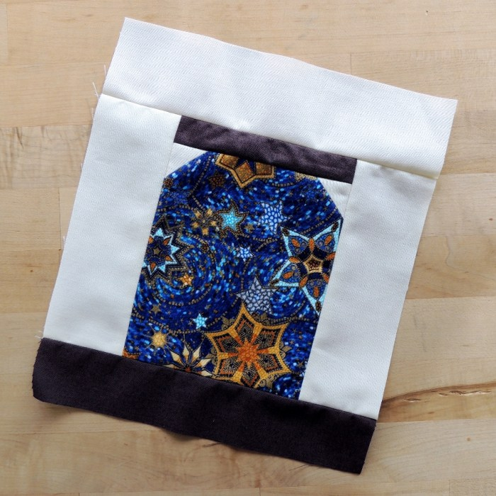 The Honey Pot Bee - Quilter's Pantry Block