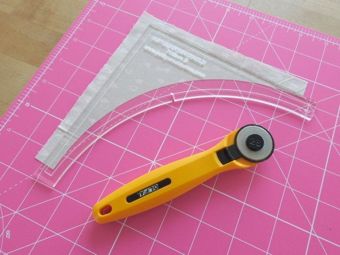 Quarter Arch Tutorial - Cut Background Fabric
