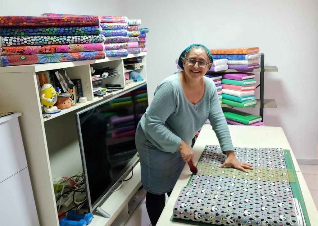 Rena Cutting Fabric