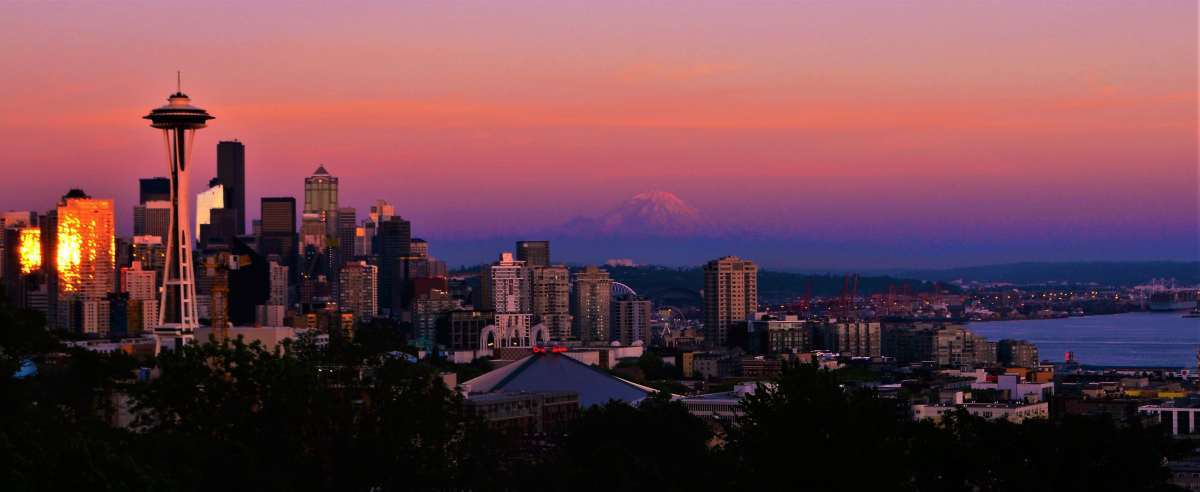 PhotoPOSTcard: Seattle Skyline at Sunset