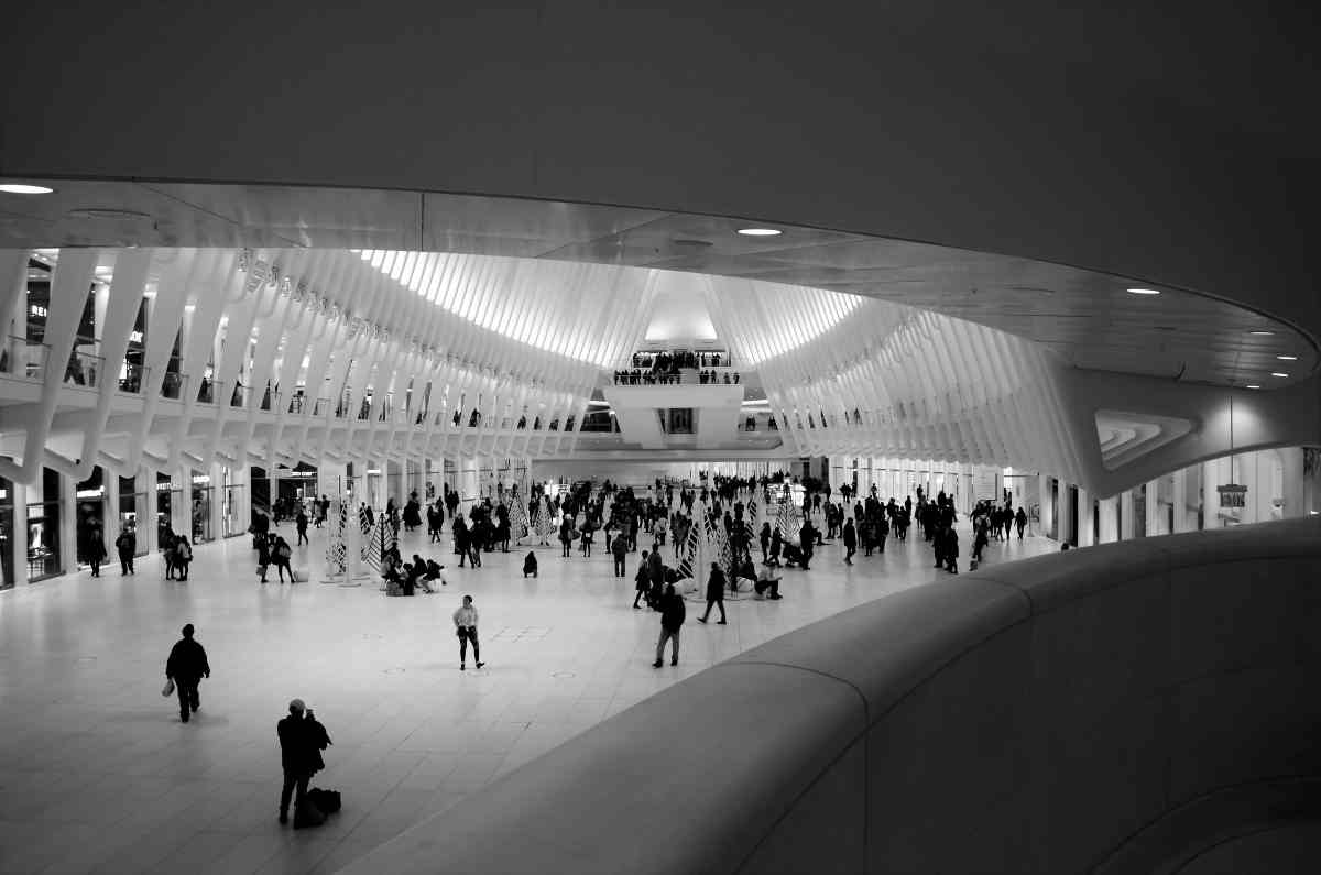 PhotoPOSTcard: World Trade Center Oculus - Not Your Typical Train Station