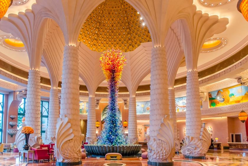 The Dale Chihuly scup[ture in the Atlantis the Palm lobby