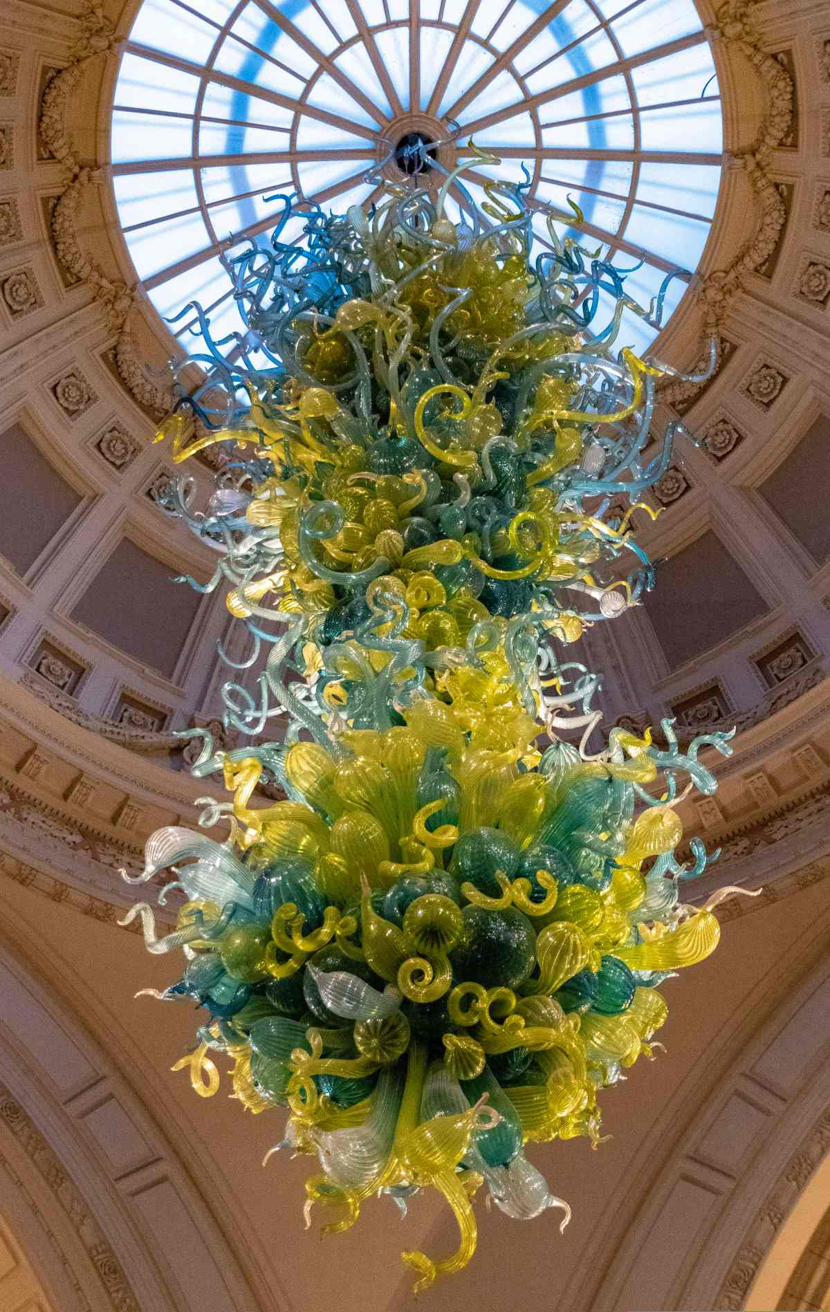 PhotoPOSTcard: Chihuly at the V&A