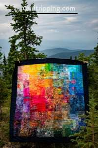 In the Land of the Midnight Sun - original quilt design inspired my my summer trip to Fairbanks, Alaska #quilt #rainbowquilt