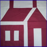 A 12 Inch House Quilt Block