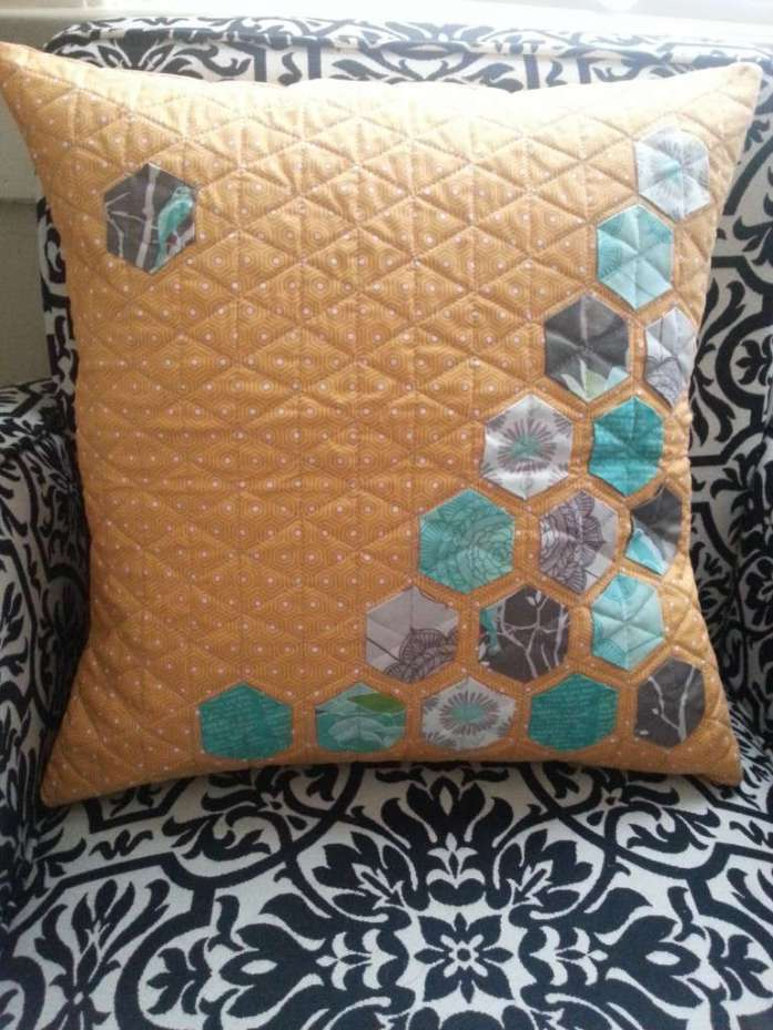 Riley Blake Cottage Garden Quilted Pillow