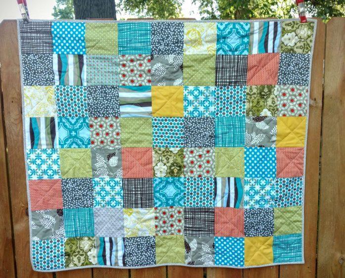 scrappy charm boy's quilt (3)
